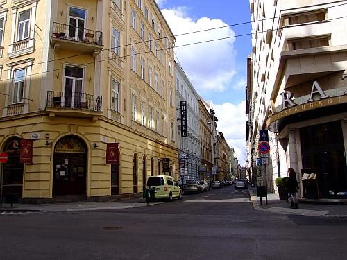 nyar_utca1.jpg