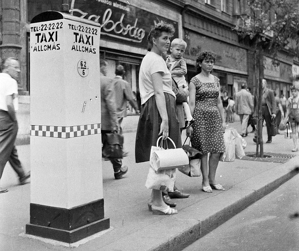 taxi1964.jpg