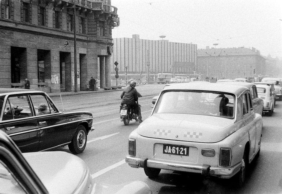 taxi1968.jpg