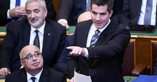 kocsis_parlament.jpg