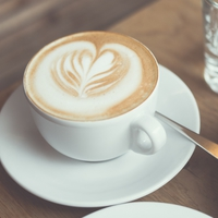 Egyperces pillanatok - A kávéházban
