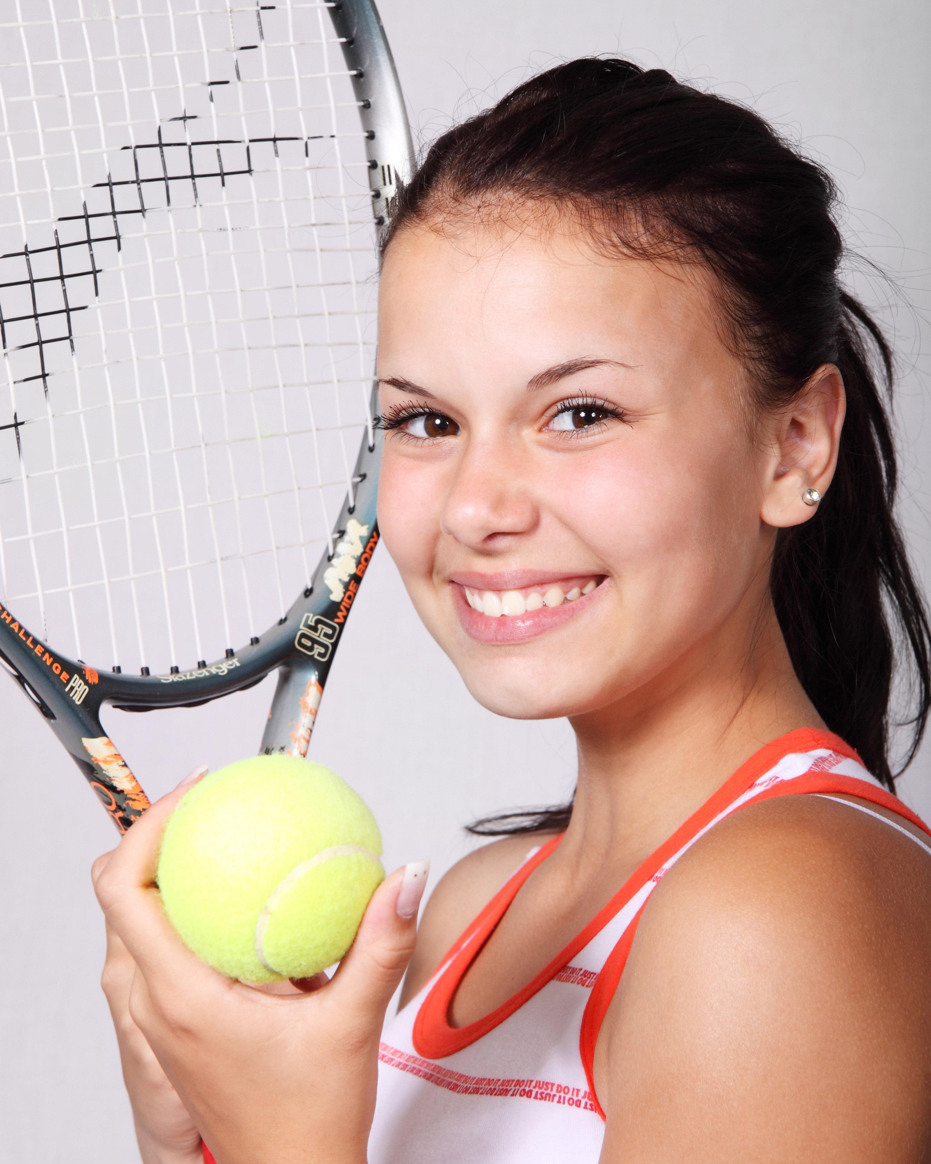 tennis-sports-girl-fitness-48788.jpeg