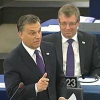 A magyar nép mögé bújva