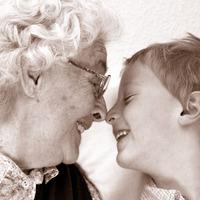 A nagyi kedvenc unokáját génjei alapján választja