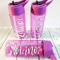 Water bottles for the girls #waterbottles #vinylcrafts #vinyldecal #vinyl #vinylcutting #cuttingmachine #cricut #cricutexploreair2 #thelittlevinylhouse #crafter #craftymummy #smallbusiness #lettering #ipadpro #milbennurseryandhomeaccessories