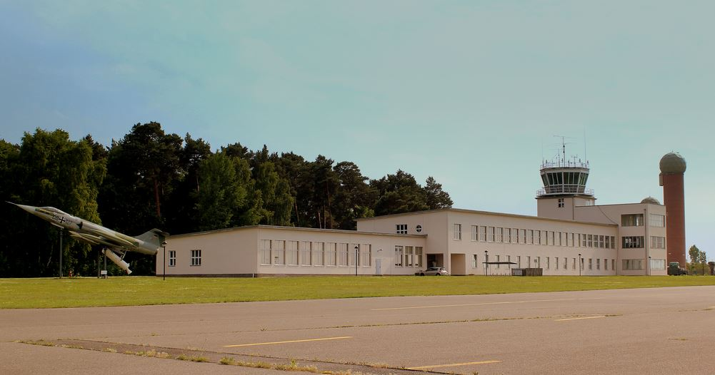 kiallitohely-1-torony.JPG