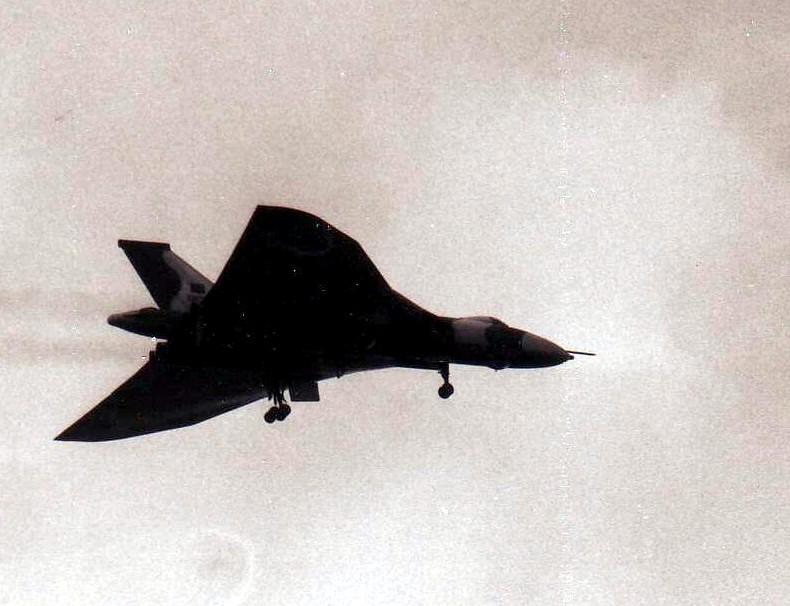 vulcan_bomber_18_may_1982.jpg
