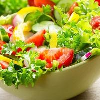 Saláták és borok