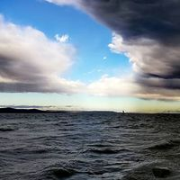 Vonul a front #balatoni_fotók #vihar #armageddon