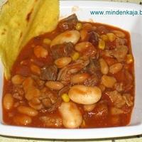 Mexikói chilis bab nyúl- és marhahússal