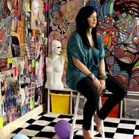Figuratív színorgia, fauvista intenzitás, izgatott álomszerűség – Shannon Crees művészete