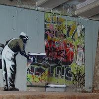 Banksy vs. Robo, underground graffiticsata