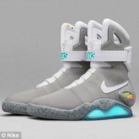 Marty McFly cipője, vissza a múltba
