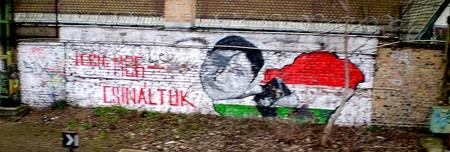 Gyurcsány graffiti a Nyugati rendezőben