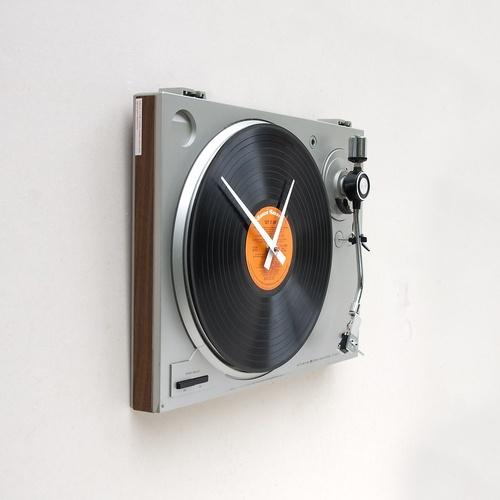 Turntable clock - Lemezjátszóból falióra