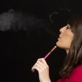 Az e-cigaretta nem segít leszokni a dohányzásról