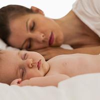Rossz alvás: 8 óra alvás megszakításokkal olyan, mintha csak 4 órát aludnál