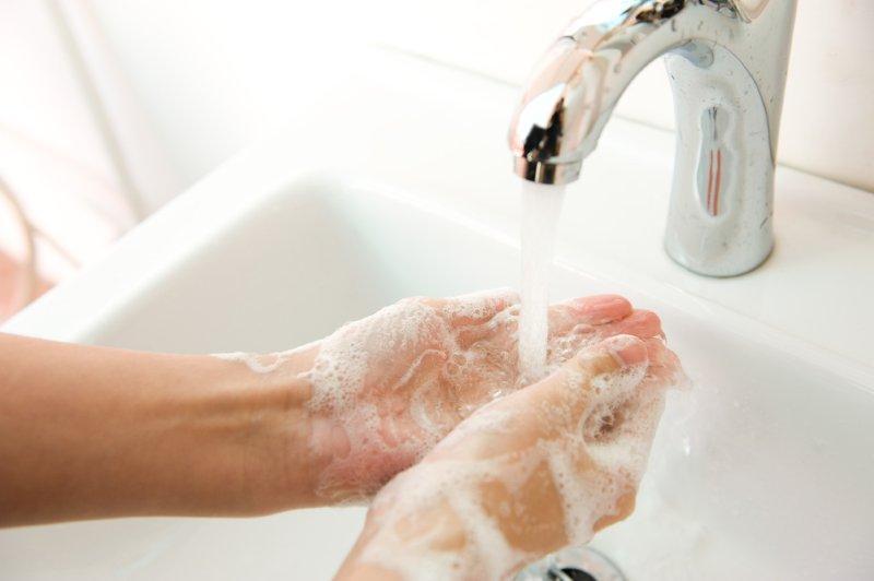 clean-hands-white-sink-v_SM.jpg