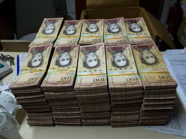 """A brutális Venezuelai """"hiperinfláció"""" képekben"""
