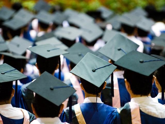 Pattanásig feszült a Diákhitel-lufi az Egyesült Államokban