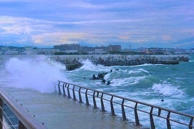 japan_tajfun.jpg