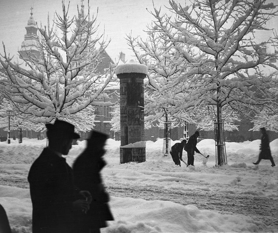 Belváros télen, 1907_2.jpg