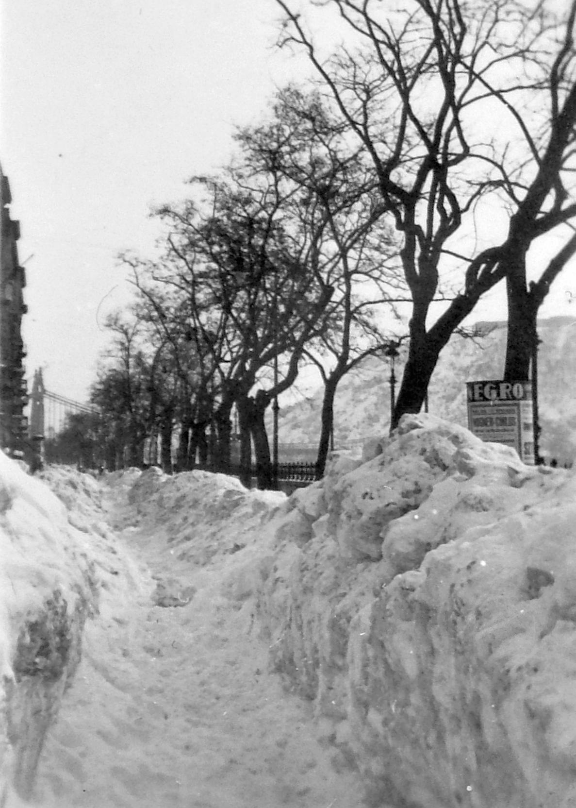 Dunakorzó télen, 1943_1.jpg