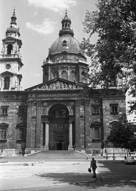 bazilika_1959.jpg