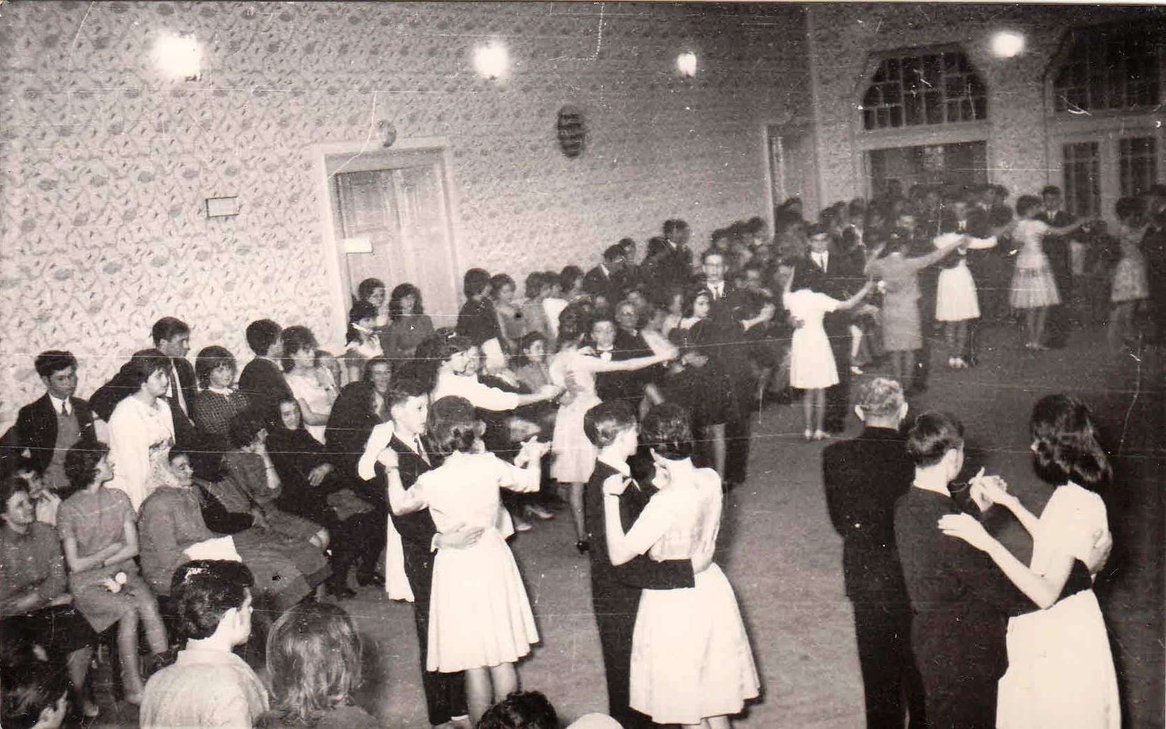 tanciskola1965.jpg