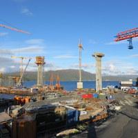 Kemény szakmák - 145 m magasan a fjord felett
