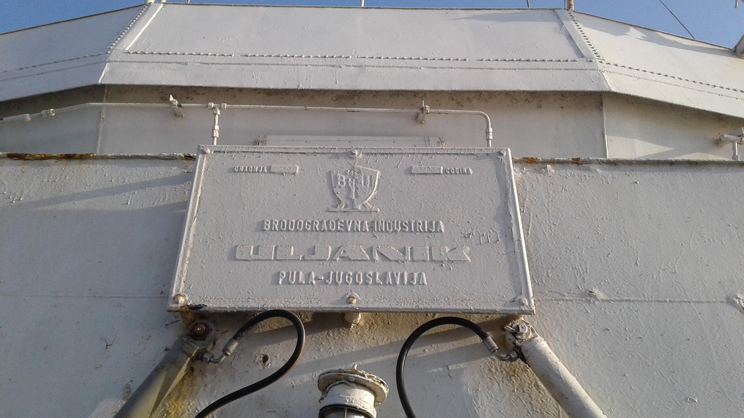 Hoppácska. Ezt a hajót a szomszédban, Jugoszláviában gyártották.