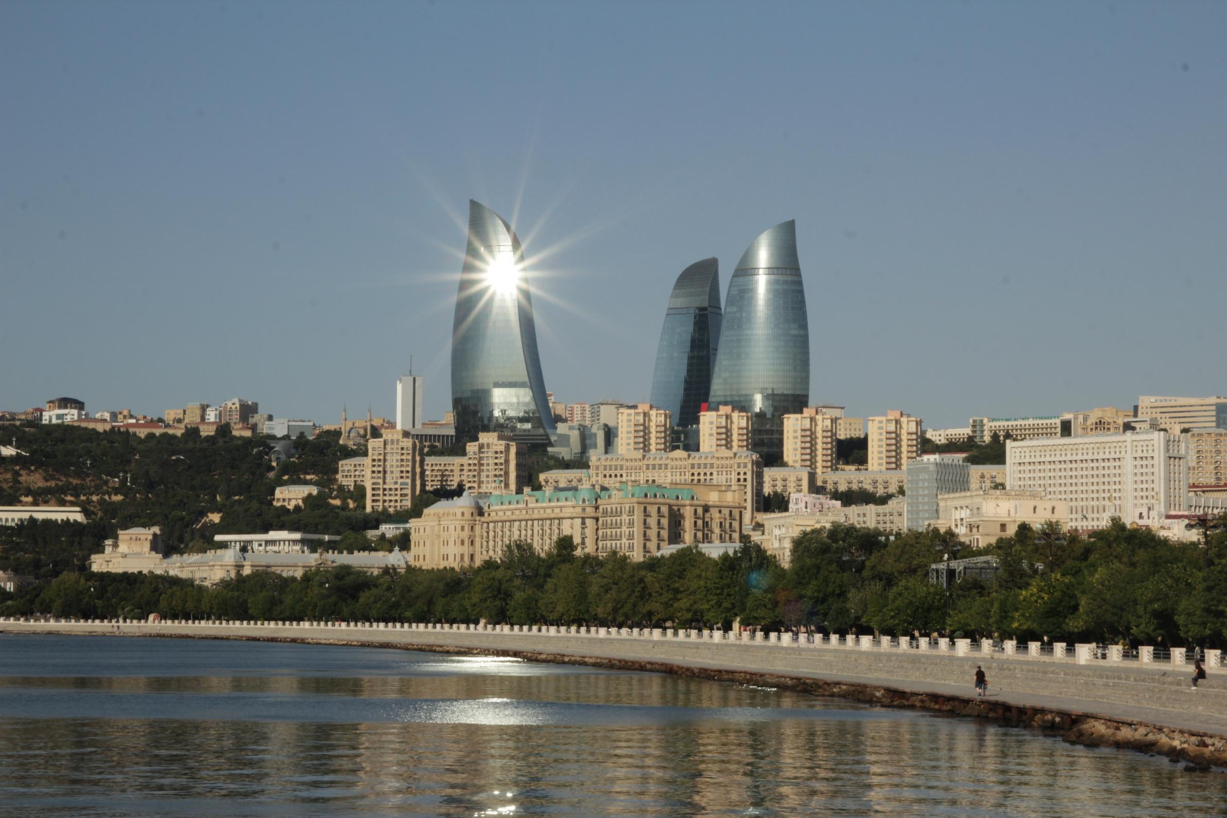 Baku jelképe a Láng-tornyok