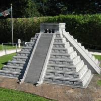 Az El Castillo piramis