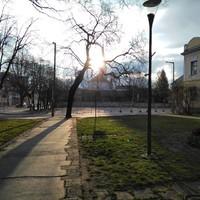 #Reggel a #Szemere-kert -ben☀#miskolcadhatott #miskolc #napfény