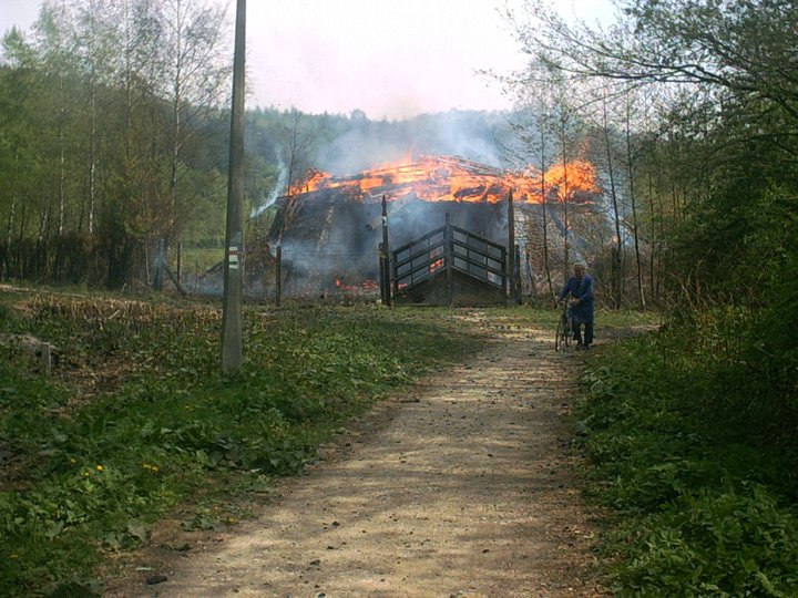 ...ami 2002. április 29-én égett le.