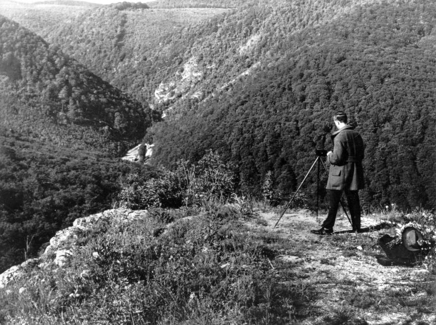 1928_feher_ko_csaba_zoltan.jpg