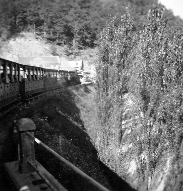 1933_gyongyi_kisvasut.jpg