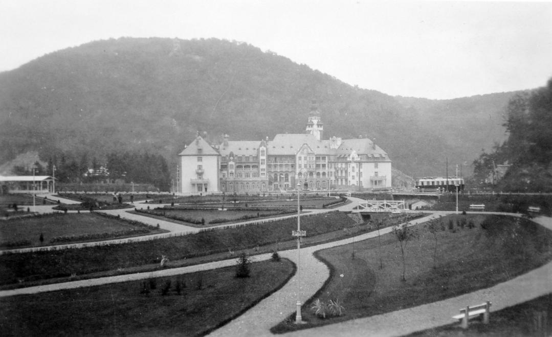 1933_gyongyi_palotaszallo.jpg