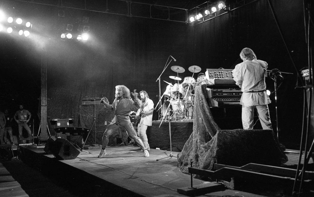 1983nepkerti_palya_jubileumi_rockfesztival_kobor_janos_molnar_gyorgy_benko_laszlo_omega_egyuttes.jpg