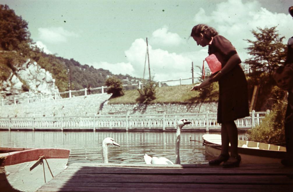 Fotókon a kettészakadt '40-es évek