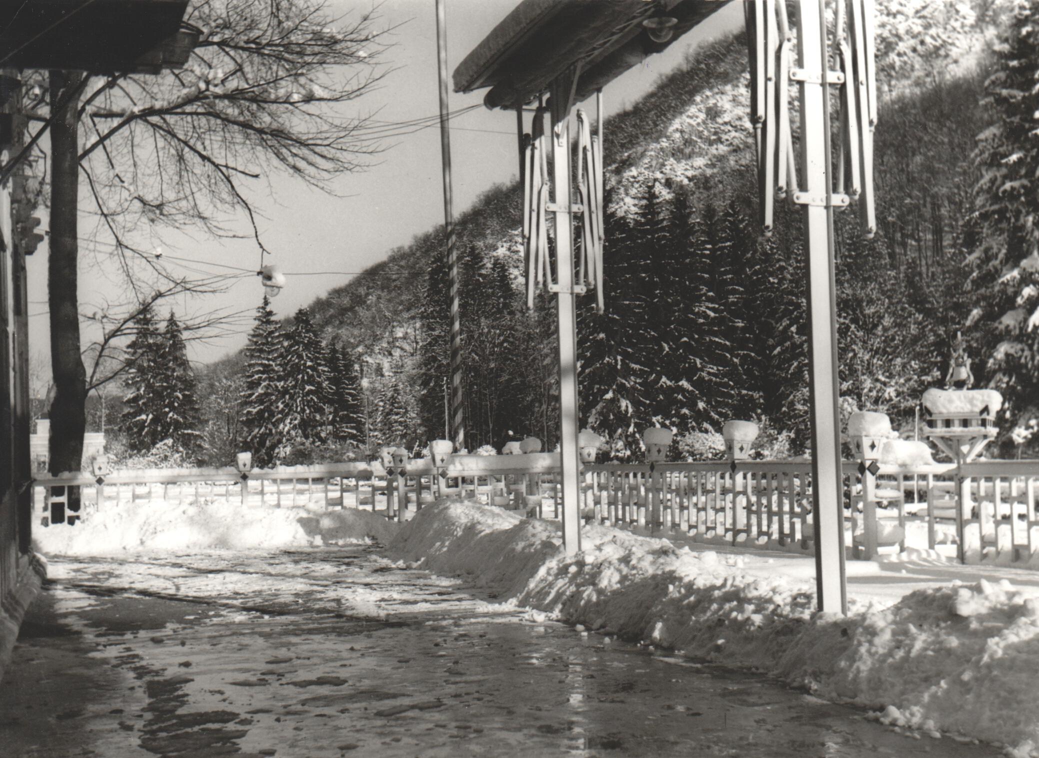 A Lilla Szálló terasza télen