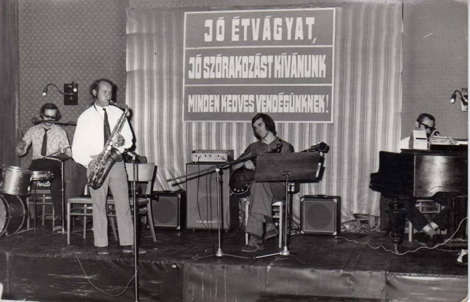Koncert az étteremben 1971-ben