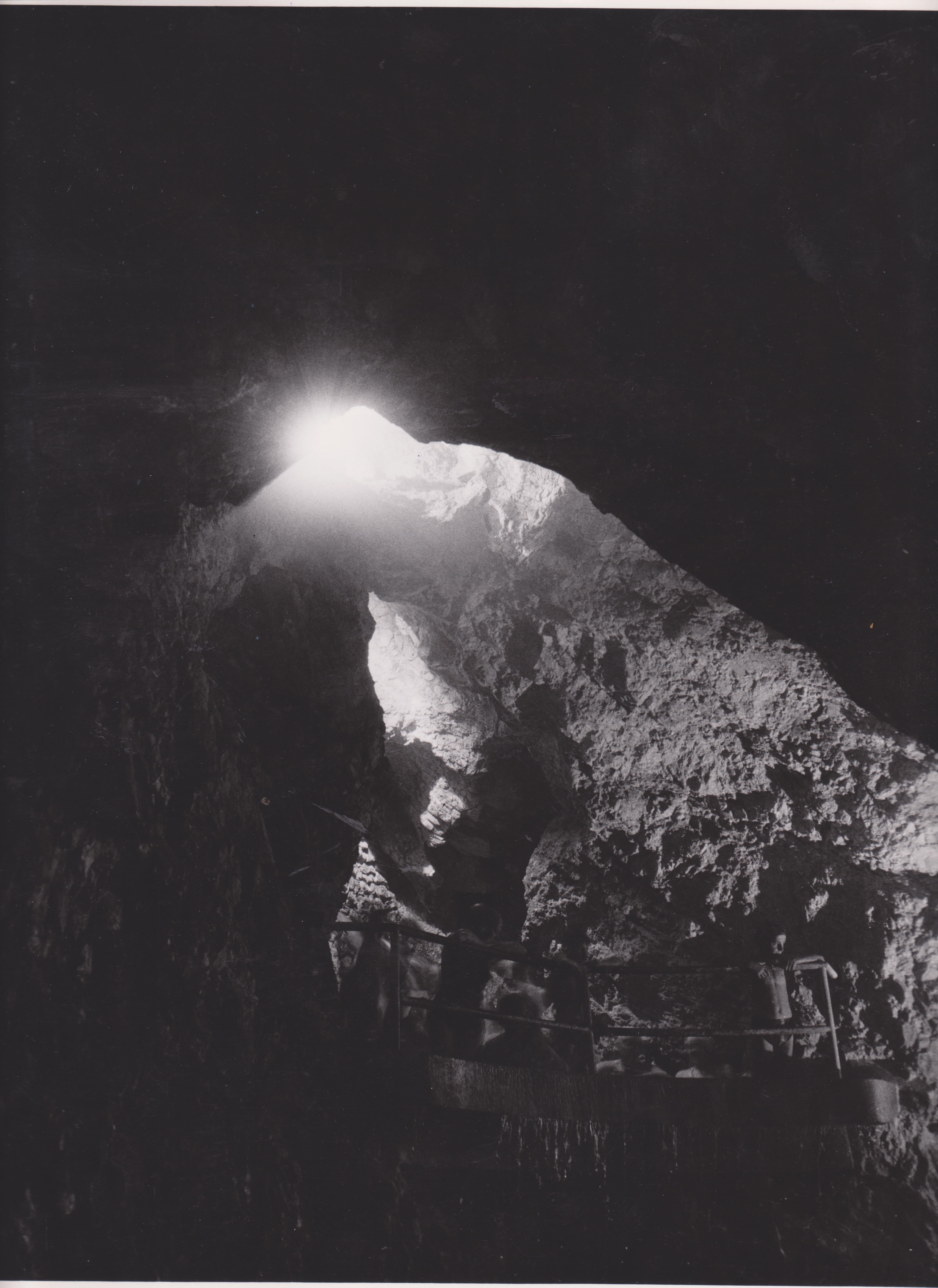 Barangolás a barlangfürdő múltjában