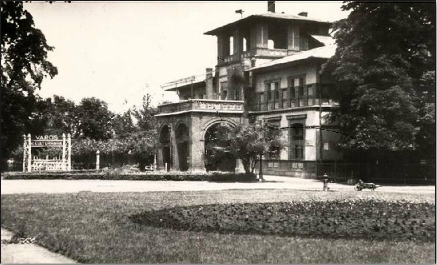 A Vigadó épülete több mint 100 éves múltra tekint vissza