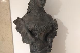 A rejtélyes Sissi-szobor - vajon melyik az eredeti?