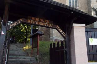 Az avasi temető és a legendás családok sírboltjai