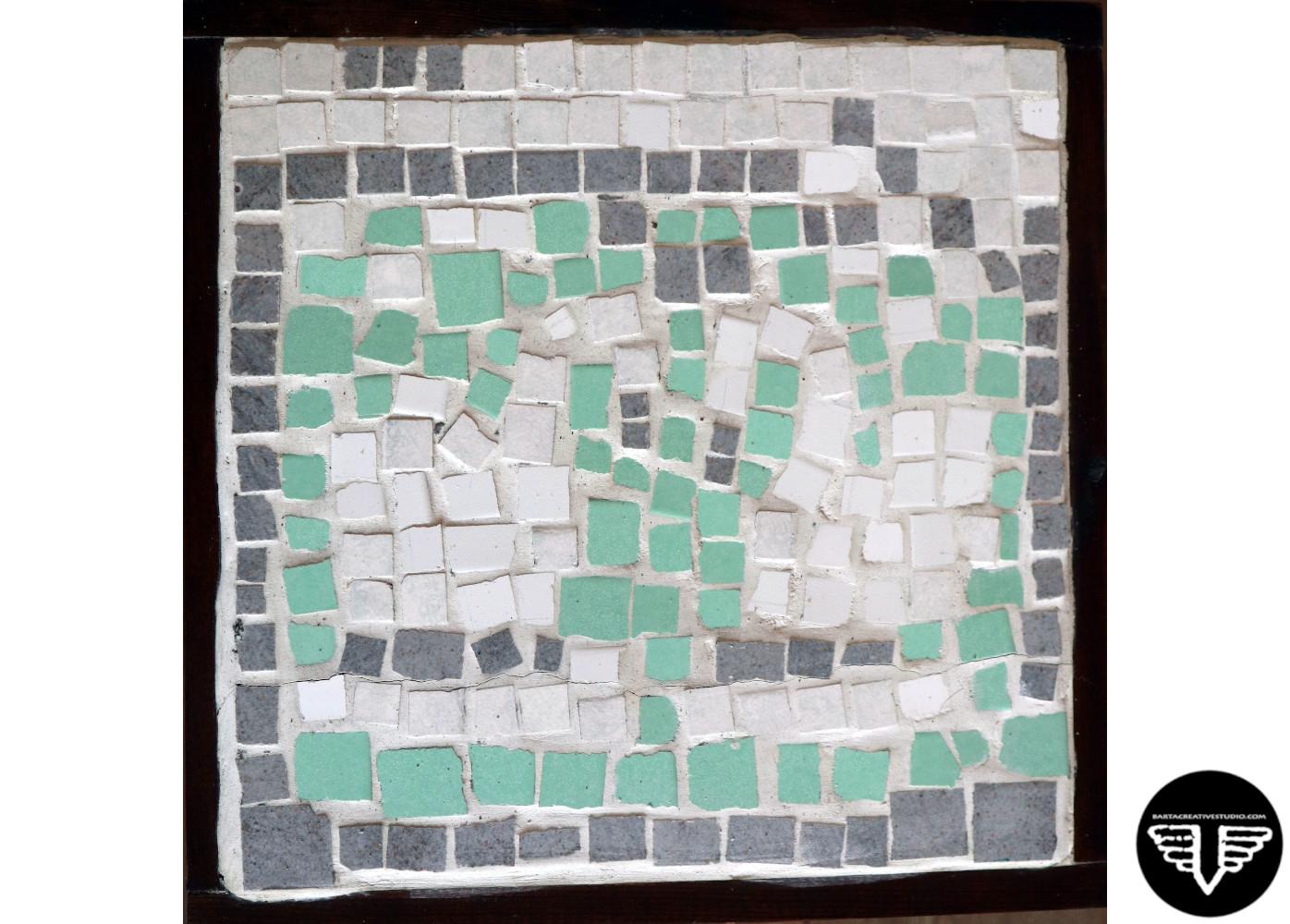 mozaikos_asztal.JPG
