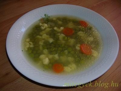 Fehér zöldborsó leves (tejmentes, tejfehérje mentes, laktózmentes, szójamentes,  tojásmentes, gluténmentes)