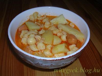 Paprikás krumpli (tejmentes, tejfehérje mentes, laktózmentes, szójamentes, gluténmentes, tojásmentes)