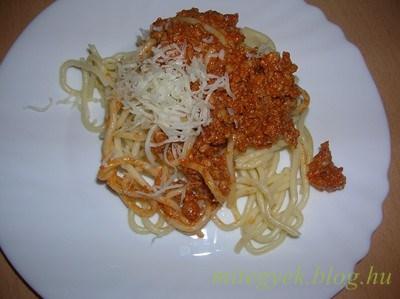 Paradicsomos spagettiszósz (tejmentes, tejfehérje mentes, laktózmentes, szójamentes, gluténmentes, tojásmentes)
